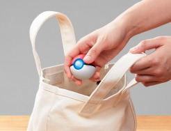 PokeBallPlus_playstyle_03_web